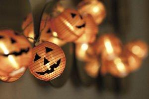 halloween outdoor lighting