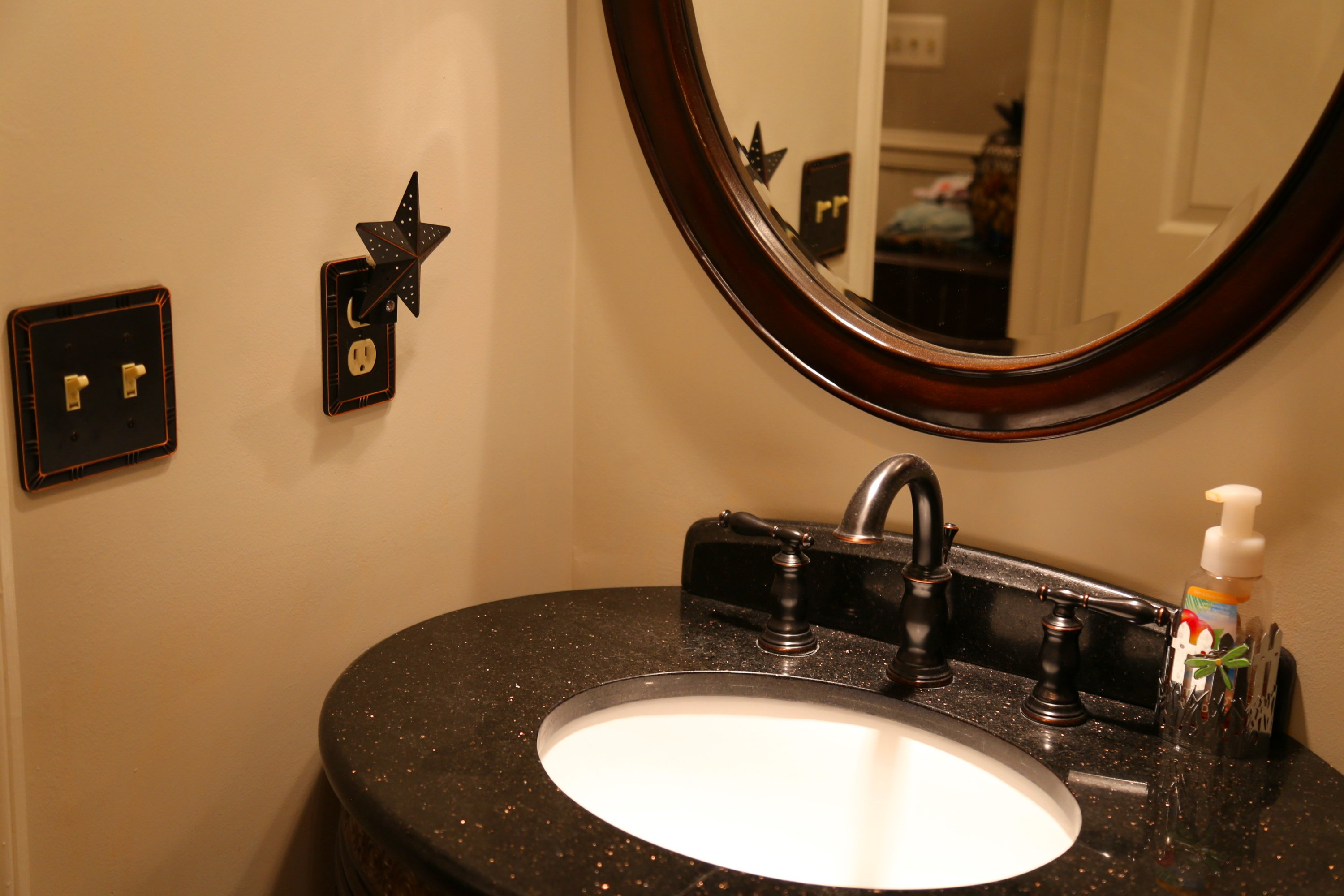 Electricians in Crofton bathroom outlets