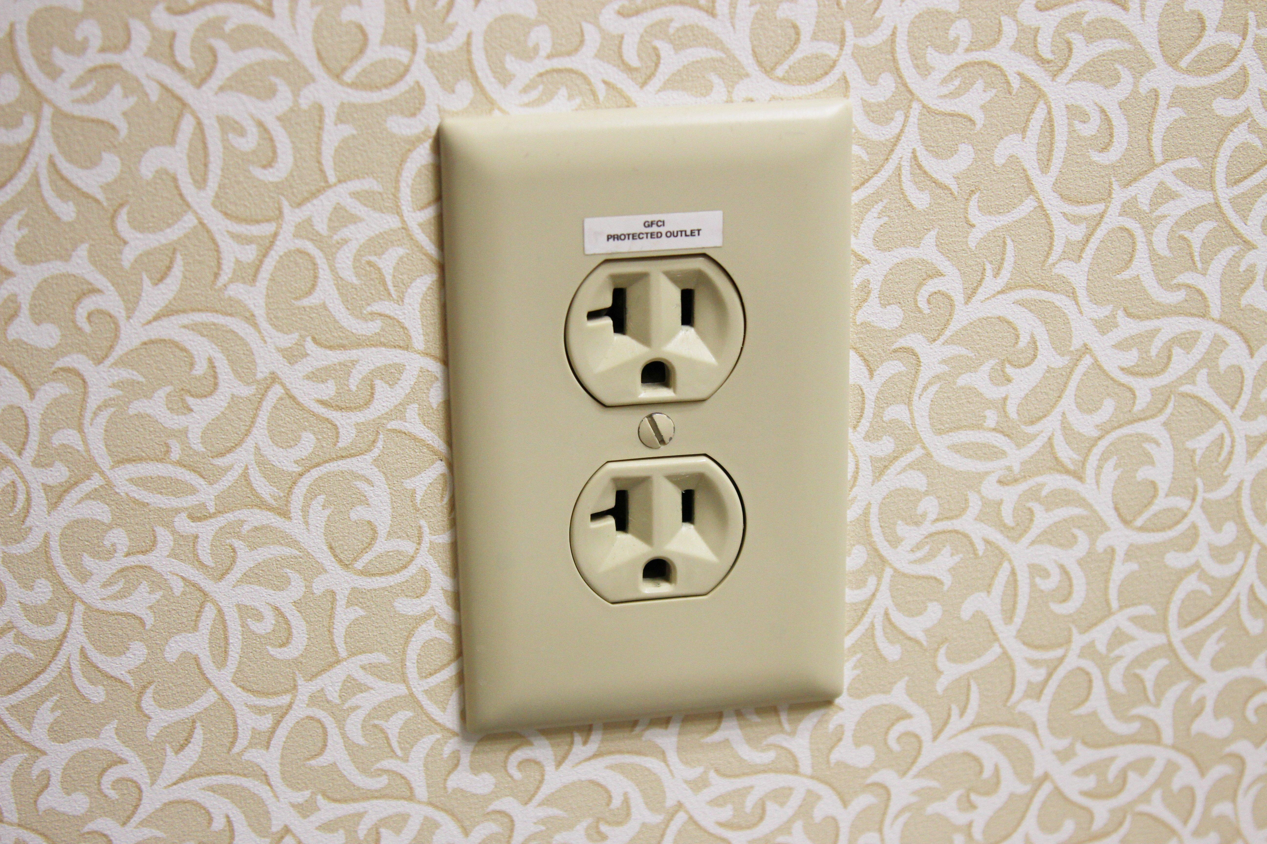 Crofton Electrician for Renovation